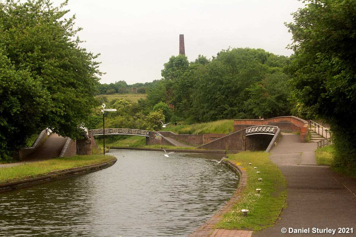 A Short Walk Along the Dudley Number Two Canal at Bumble Hole