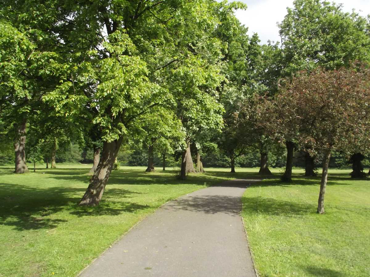 Selly Oak Park: the gem of a park off the Selly Oak Bypass